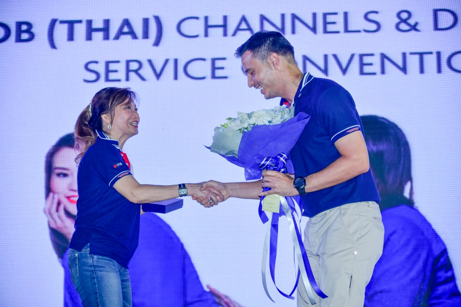 งานอีเว้นท์ : UOB Channels Service Convention V&V - Awards @ Bitec Bangna